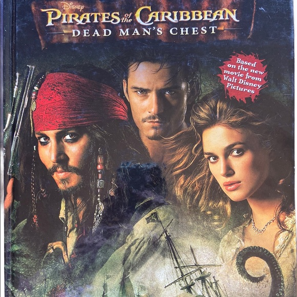 ✨3 for $15✨Disney Pirates of the Caribbean Book